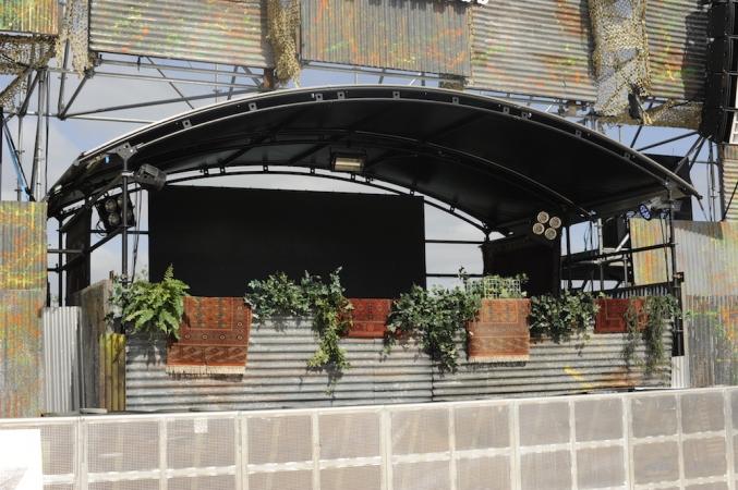 corehouse-dj-roof