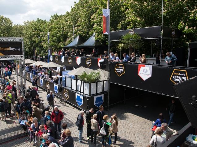 public-deck-sports-event