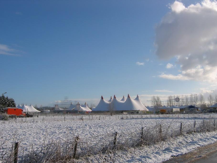 Paaspop in de sneeuw
