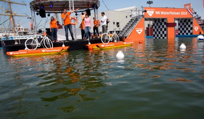 coreworks ponton waterfiets event