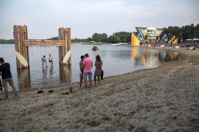 waterschommel op lakedance