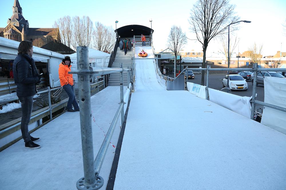 coreworks glijbaan sneeuw
