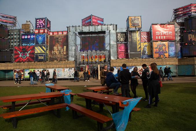 festival look & feel
