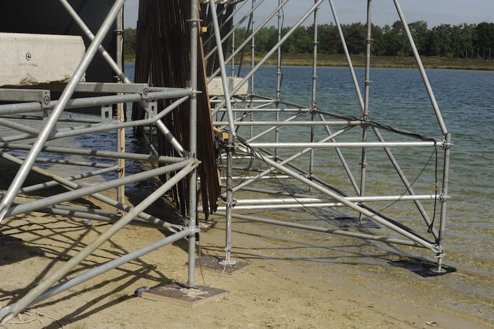 festival steigerconstructie in het water
