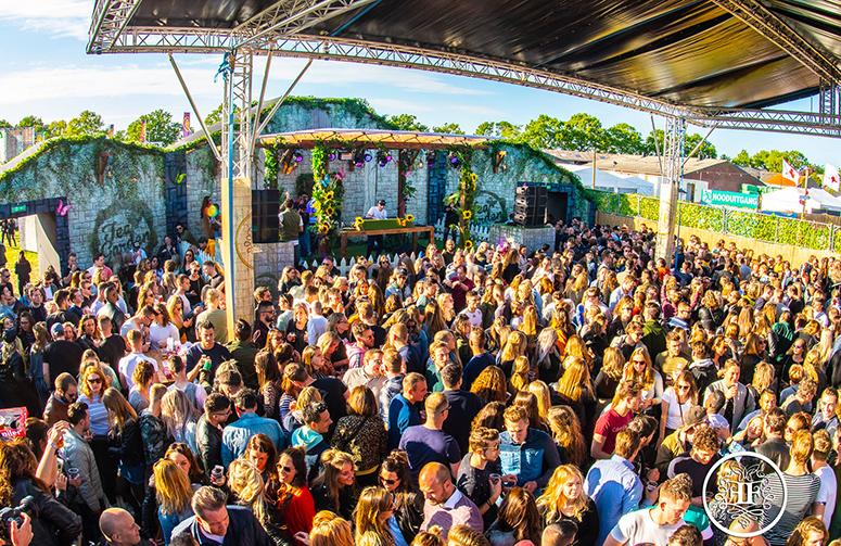 coreworks_festivalpodium_fairytale